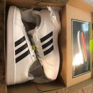 Adidas neo woman's 10 tennis shoes